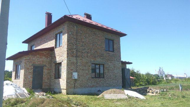Будинок в с.Клузів