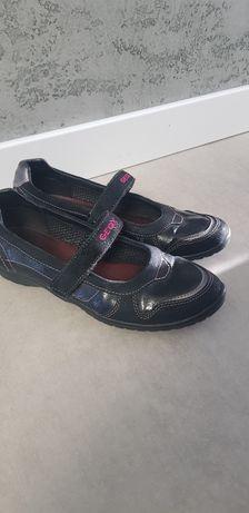 Обувь детская,подростковая