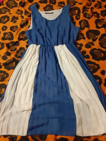 Delikatna letnia sukienka plisowana M/L