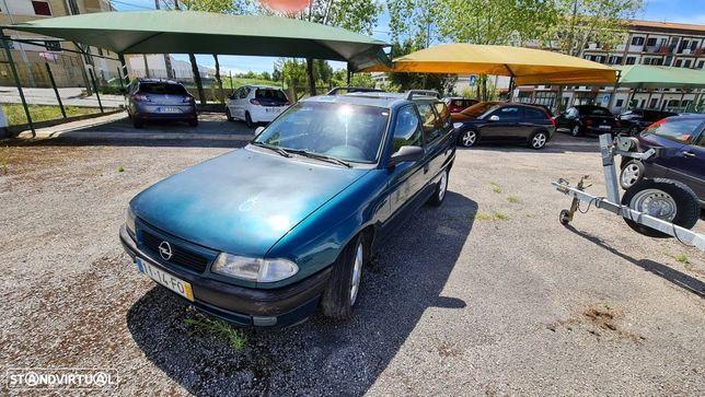 Opel Astra Caravan 1.4i Club