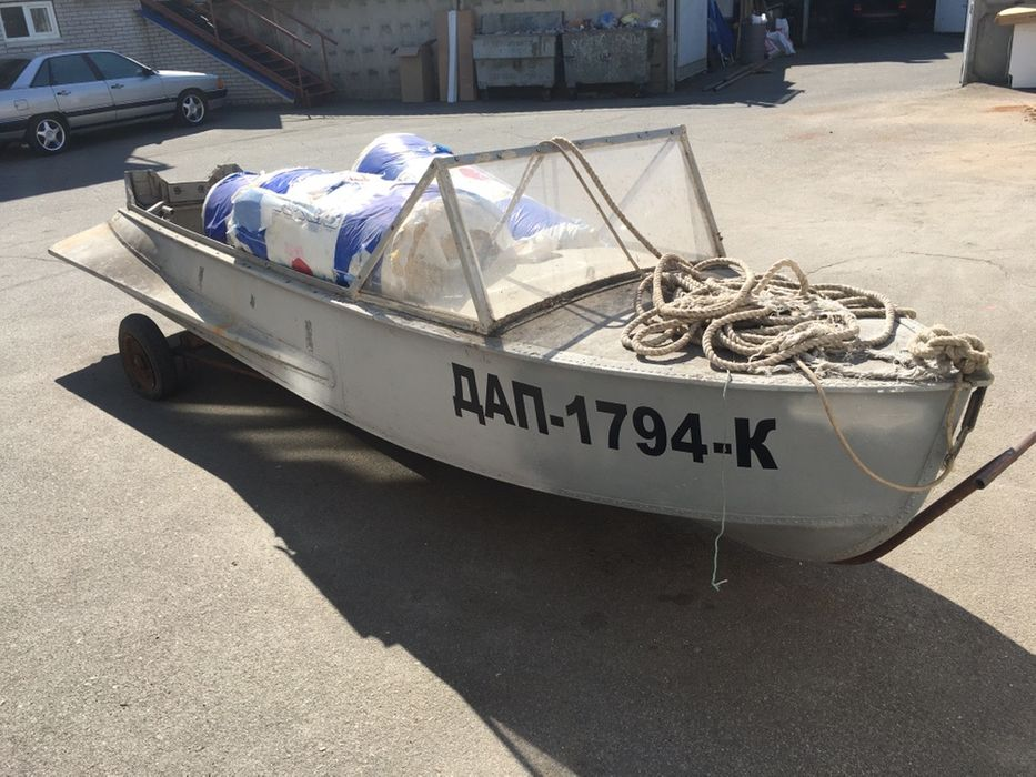 Продам лодку с мотором Днепр - изображение 1