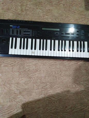 Синтезатор korg DS-8