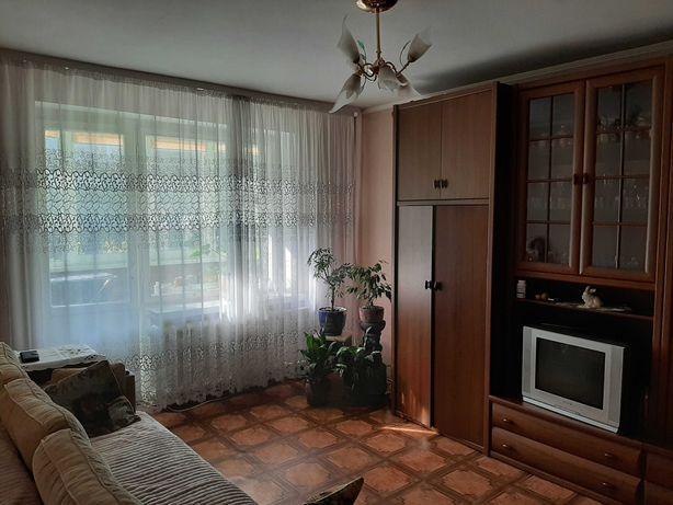 Продається  3-кімнатну квартира по пр. Відродження
