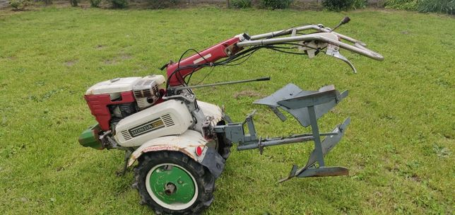 Traktorek Honda F800 Dzik Pług Szczotka Glebogryzarka