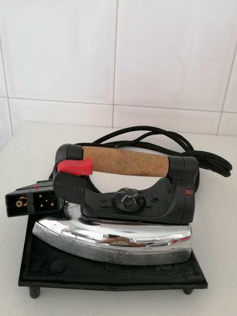 Ferro engomar sem caldeira