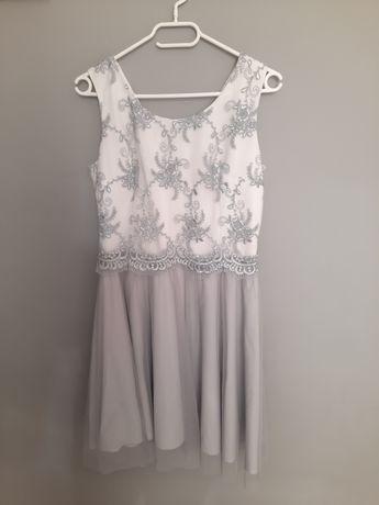 Sukienka rozkloszowana z tiulem koronka L 40
