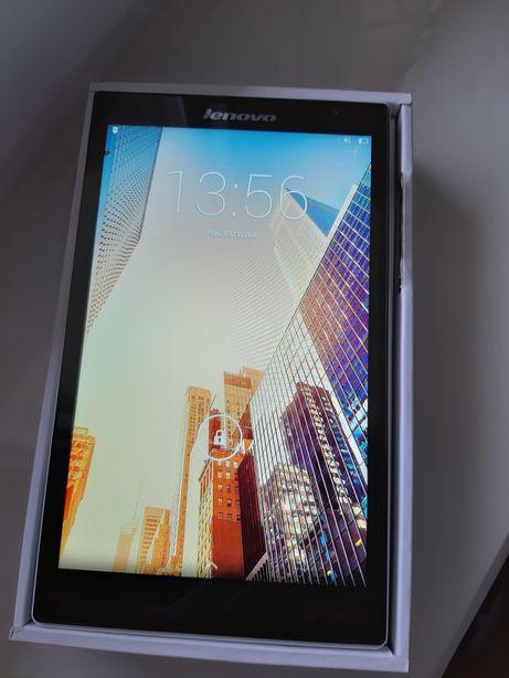 Tablet Lenovo jak nowy+pokrowiec