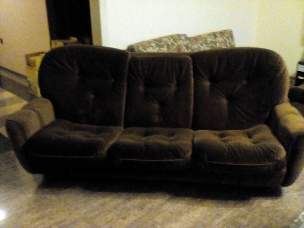 Kanapa i dwa fotele komplet
