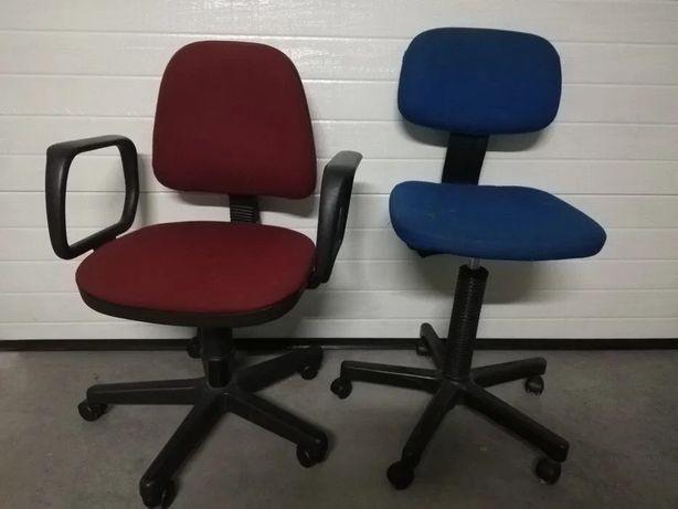 1 cadeira para secretaria azul