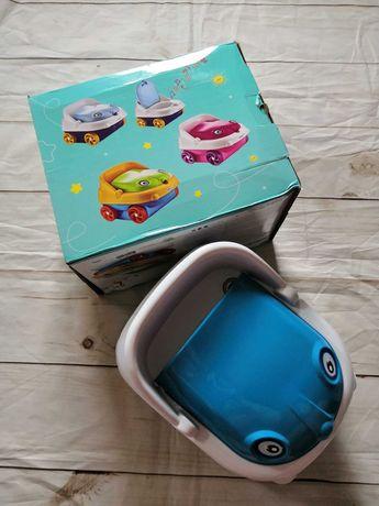Детский музыкальный горшок с крышкой в виде машинки с колесами