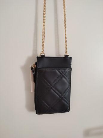 Mała torebka portfel na łańcuszku