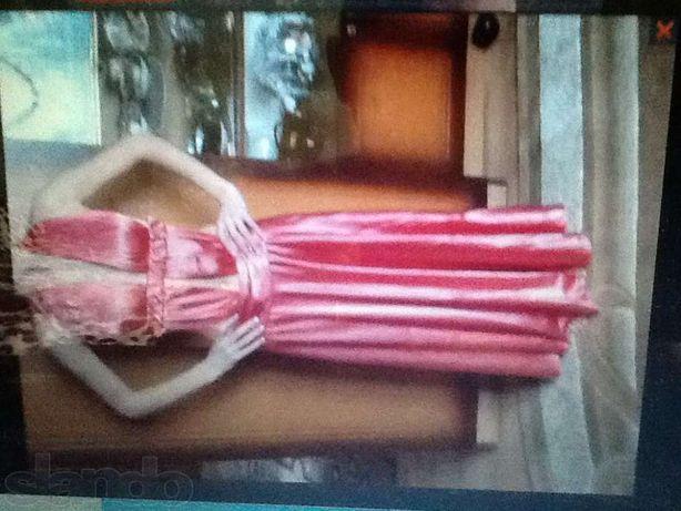 Продам платье ручная робота