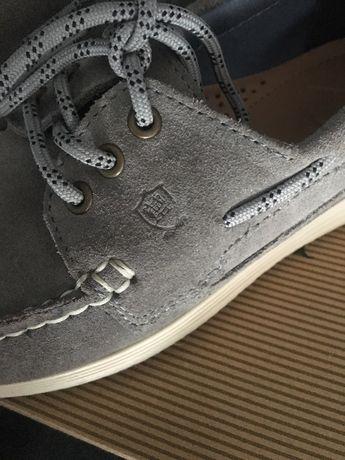 Sapatos Massimo dutti 32 novos