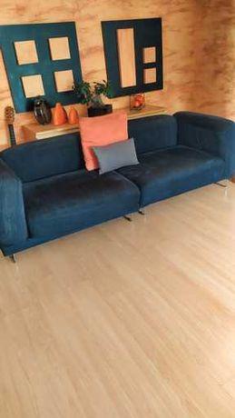 Sofá Ikea preto de 4 lugares