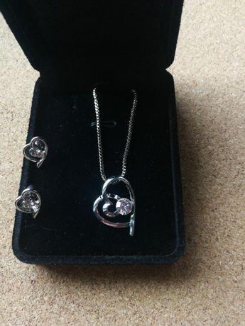 Zestaw biżuterii naszyjnik i kolczyki serca nowy Walentynki