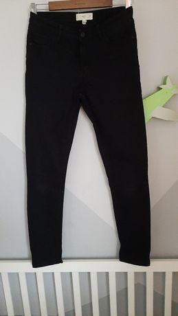 Czarne rurki jeansy S Mango