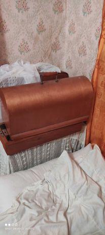 Продам машинку швейную ПМЗ имени Калинина