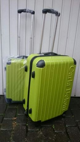 Walizka podróżna kabinowa do samolotu z Paryża