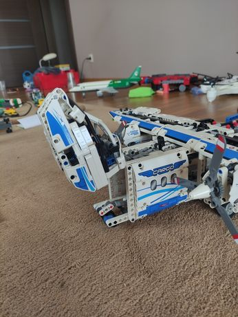 Lego TECHNIC samolot