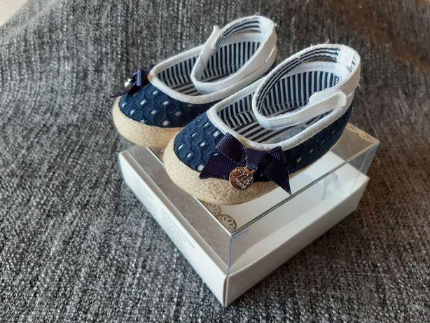 Sapatos Mayoral azuis - tamanho 18