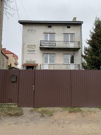 Продам не дорого особняк у Львові 320м
