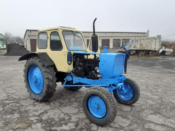 Юмз 6, трактор