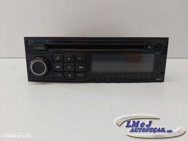 Auto Radio Peugeot 208 2012 (CA_, CC_) Usado
