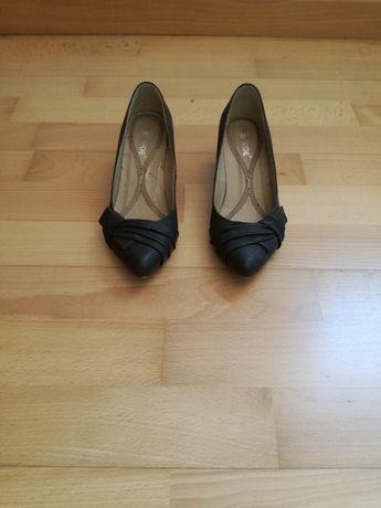 Sapatos castanhos Seaside