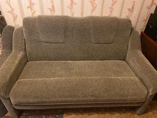 Продам раскладной диван в отличном состоянии.