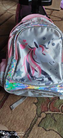 Plecak oddam dla dziewczynki