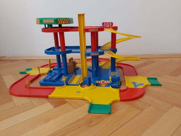 Zabawkowy parking piętrowy z jezdnią 3.2m MOCHTOYS