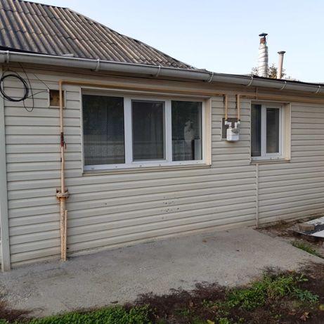 Продам отдельностоящий дом с ремонтом и удобствами в Броварах!!