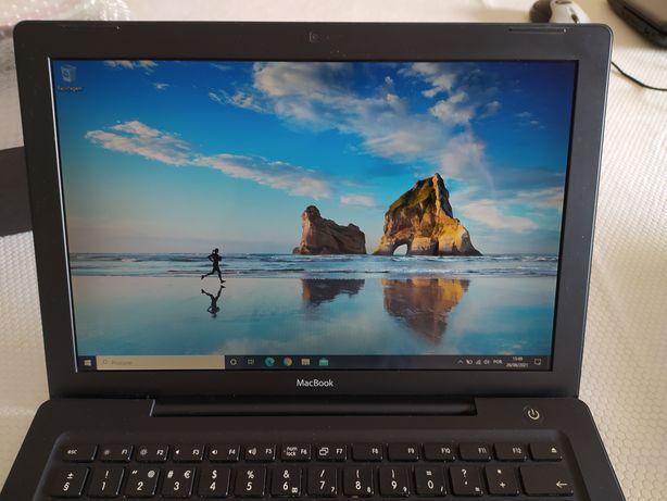Macbook A1181 Black