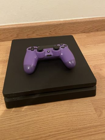 Playstation 4 Slim 1 Tb + comando