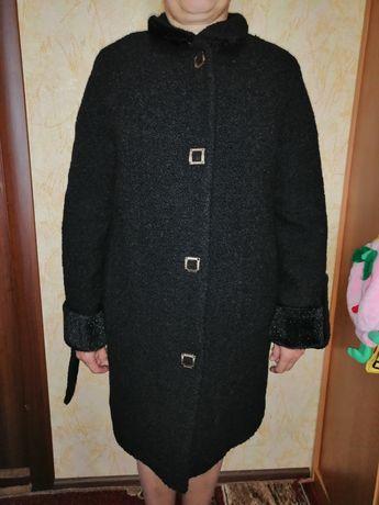 Продам женское зимнее пальто