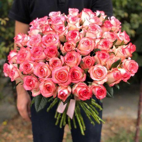 Розово-белые розы, букет 45 шт. Подарок любимой, доставка цветов, розы