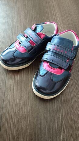 Туфли-кроссовки на девочку Том м