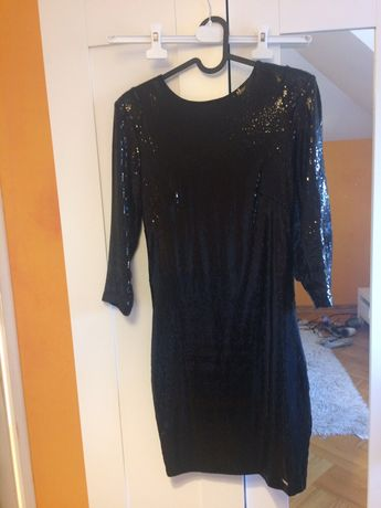 Cekinowa sukienka Mohito