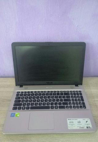 Ноутбук Asus x541s 4 ядра, 2 видеокарты.