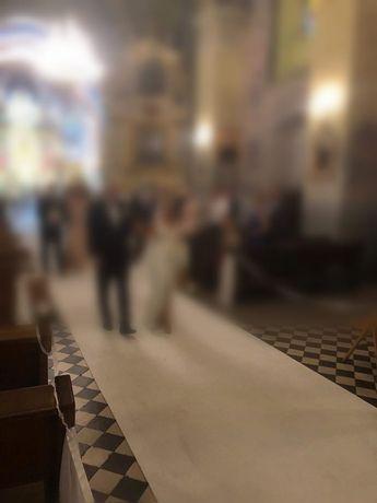 Biały dywan ślub