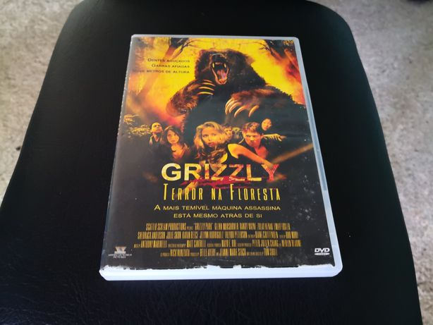 Grizzly terror na floresta
