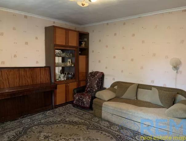 3-комнатная квартира + гараж на ул. Бреуса