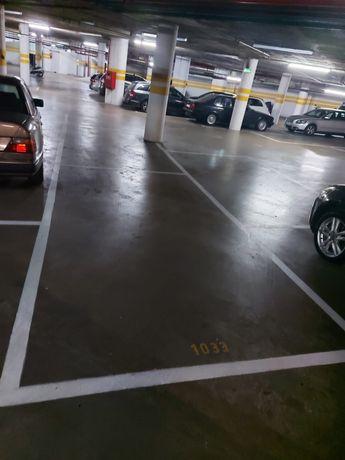 Estancionamento lugar de garagem parqueamento estoril garden