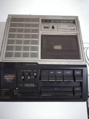 Radio gravador Philips antigo