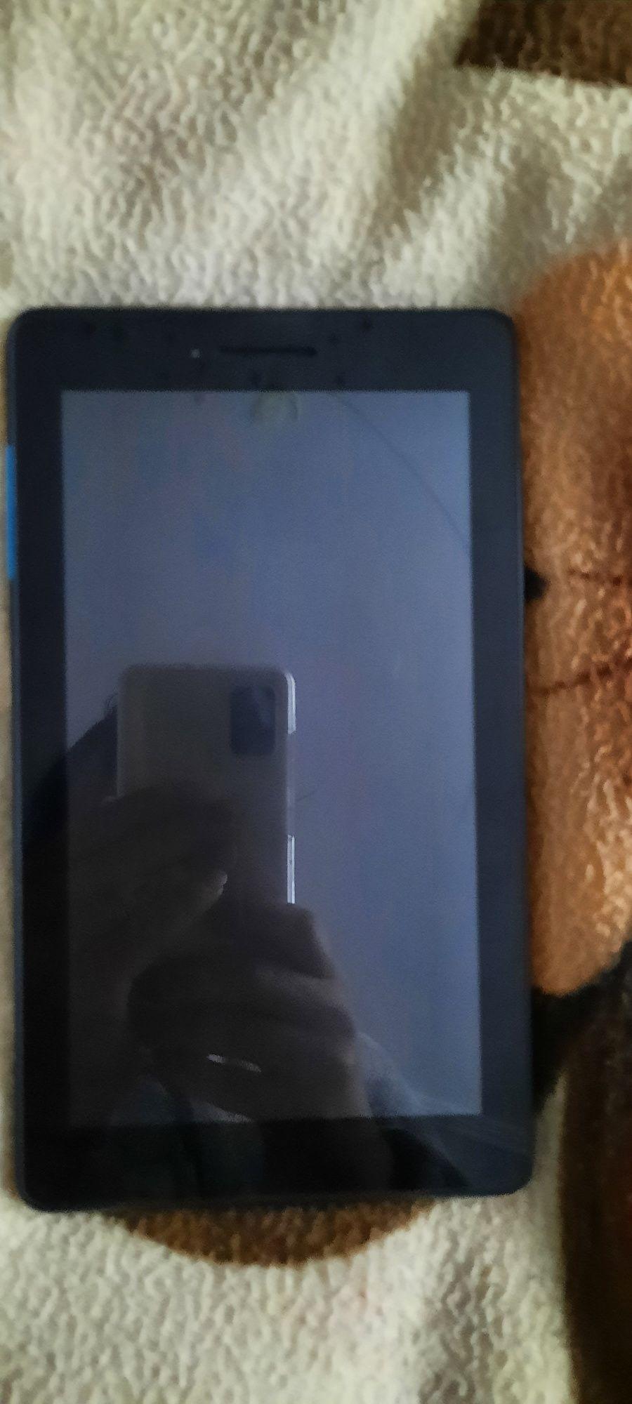 Обменяю планшет Lenovo TB-7104F