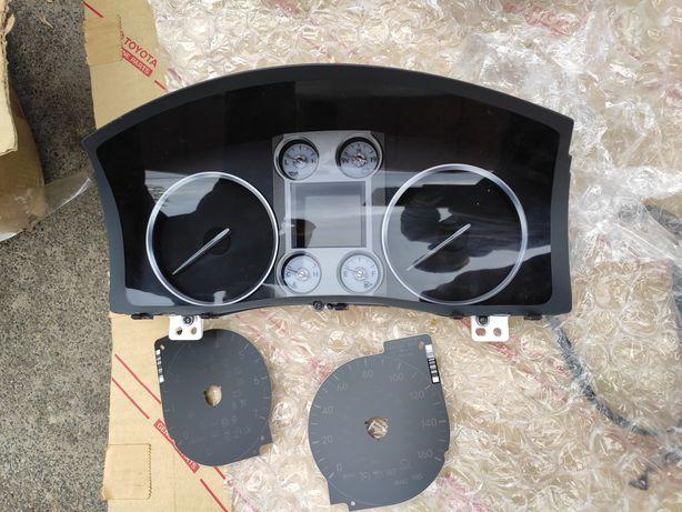Панель приборов Lexus LX 570