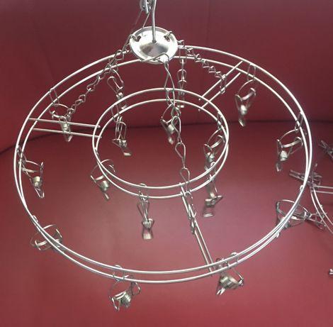 Вешалка-вертушка металлическая, круглая.