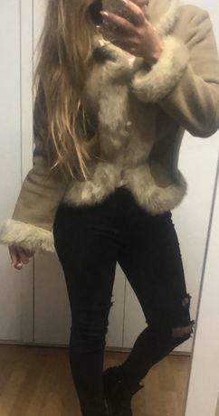 Brązowa kurtka z futerkiem ciepła S