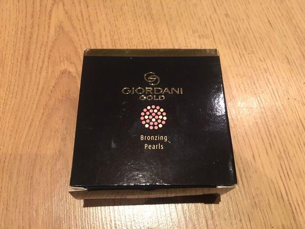 Nowe perełki brązujące Giordani Gold natural peach 25 g z Oriflame