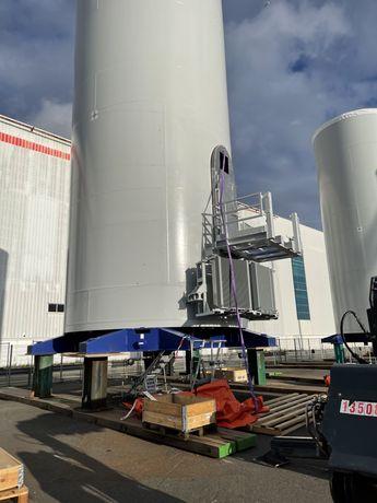 Eletricistas/ serralheiros / montadores de estruturas metalicas
